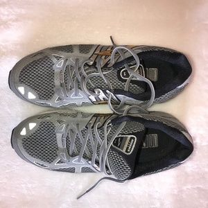 Brooks Beast Running Shoes 14 W